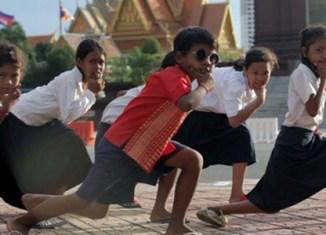 Phnom Penh slum kids' video goes viral
