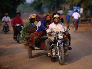 Cambodia motorcycle1