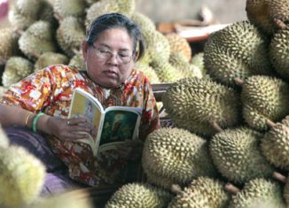 Indonesia fruit import ban hits trade