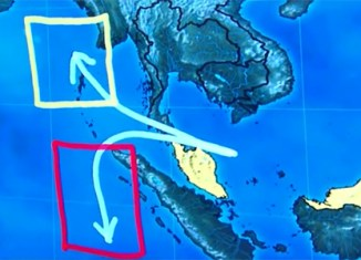 Two possible flight paths for MH370