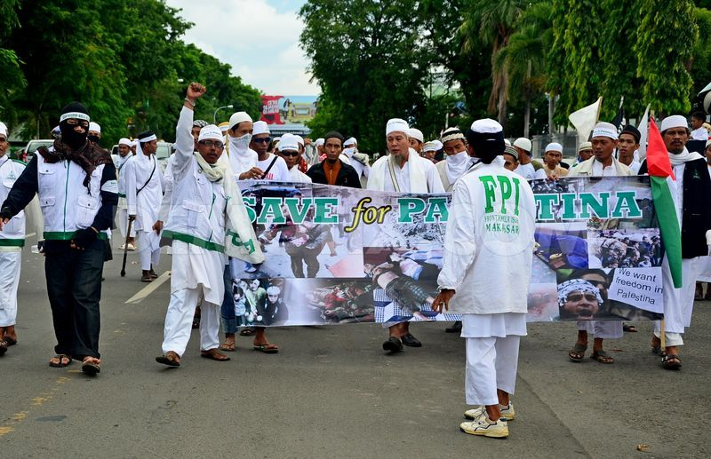 Fundamentalist Islamic group in Indonesian under fire