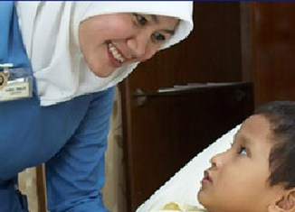 Indonesia: Nationwide health insurance for the poor