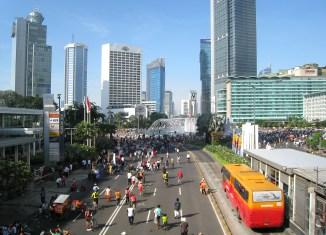 Indonesia's Widodo sets 7% economic growth target