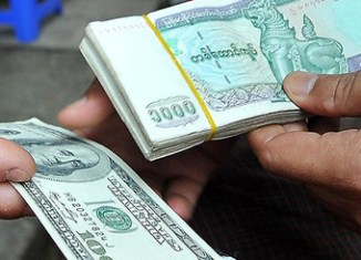 Myanmar allows private money changers