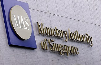 Singapore maintains tight monetary policy