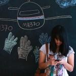 Social media frenzy around flight MH370 (graph)