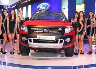 Philippine car sales reach record high in 2013