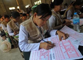 Myanmar census a surprise: 9 million people less than estimated