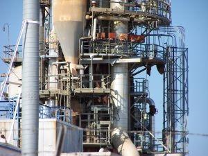 Oilrefinery4