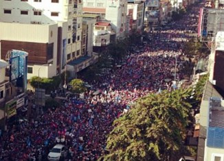 Massive street protests in Phnom Penh