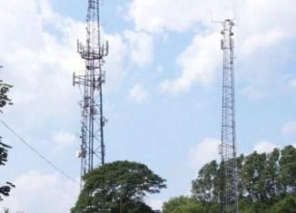 Ooredoo, Digicel sign deal in Myanmar