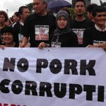 100,000 Filipinos march against 'pork barrel' system