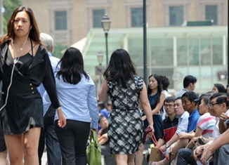 Singapore's population growth hits new low