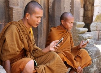 Thai Monks With Mobile Phones