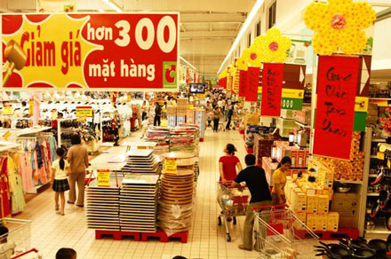 Vietnam's consumer goods market soars