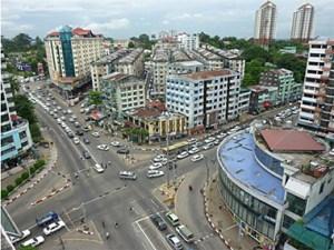 Yangon crossing