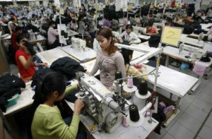 cambodian factory workers
