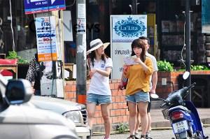 chinese_tourist_18