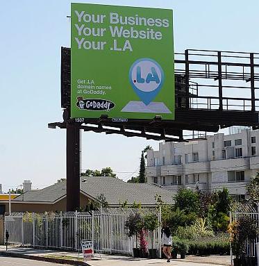 Laos rents '.la' Internet domain to Los Angeles businesses