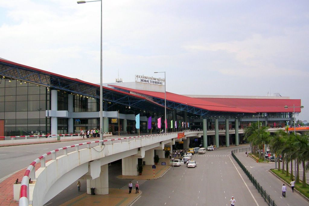 Vietnam seeks funds for airport upgrades