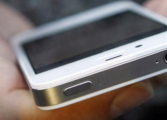 Chinese woman electrocuted by iPhone, Apple says 'sorry'