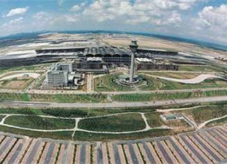Malaysia to convert oil-palm plantations into airport city