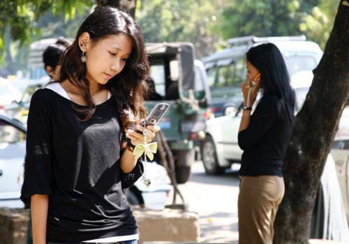 3G SIM prices drop in Myanmar