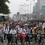 Vietnam seeks to ban motorbikes in big cities