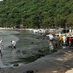 Thailand: Oil spill blackens popular tourist beach