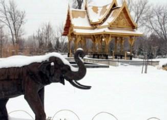 Thai tycoon plans to build snow park in Bangkok
