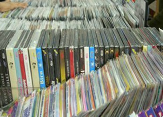 Vietnam vows to cut software piracy to 70%