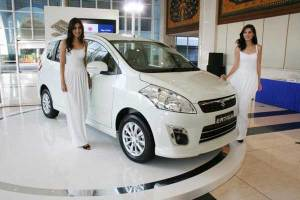 suzuki-ertiga-photo-white