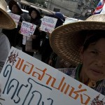 Thai farmers advised to 'steal their rice back'