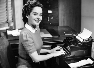 Russia beefs up anti-spy measures – and buys typewriters