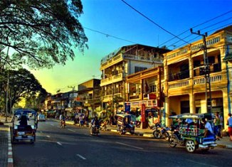Laos outlines investment priorities