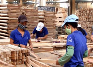 Vietnam targets $10-billion wood exports by 2020