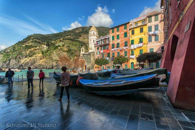 Piazzetta con sbocco a mare, Vernazza.