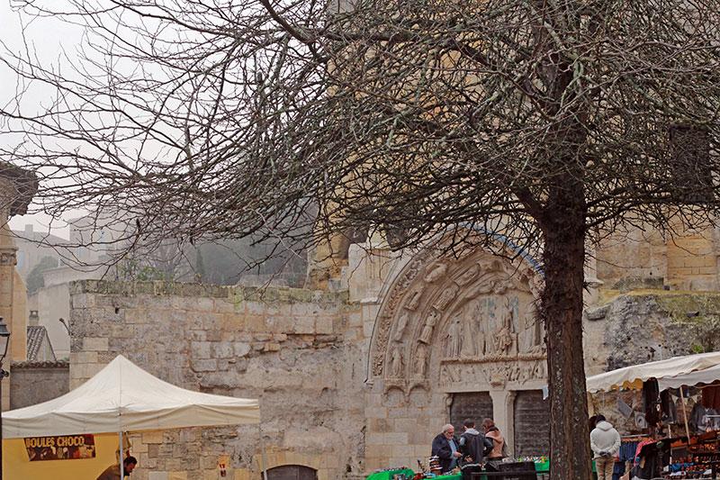 Saint Emilion monolítica