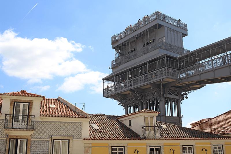 El elevador de Santa justa desde el Mirador do Carmo