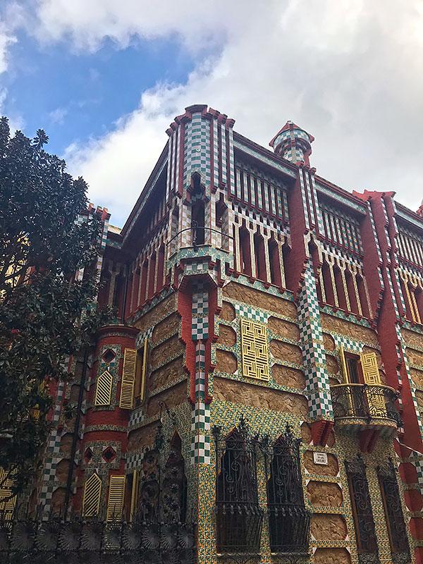Fachada de Casa Vicens