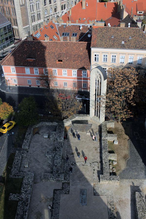 Torre de Buda, vistas a la plaza