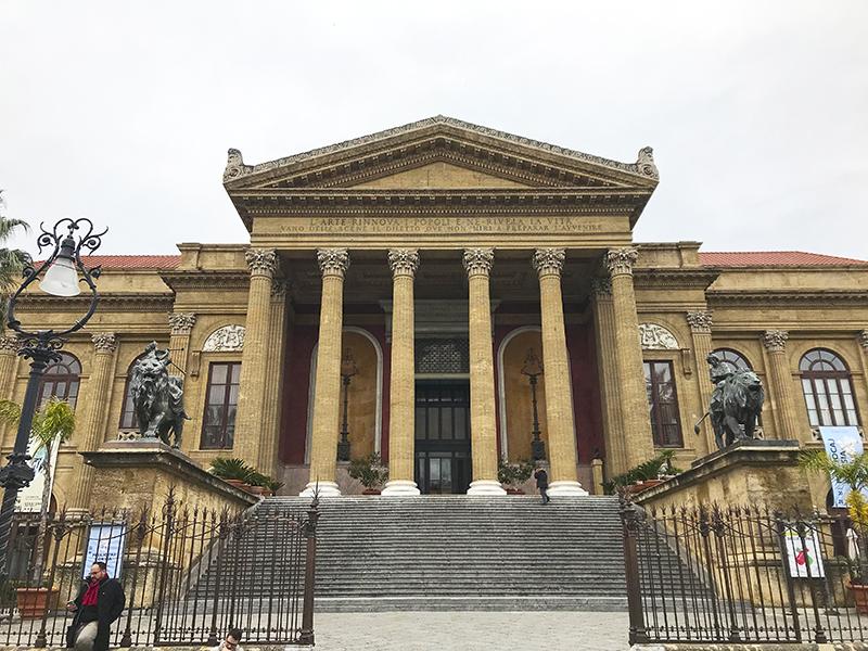 Teatro Massimo, una de las cosas que ver en Palermo.