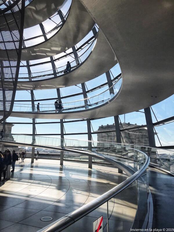 Función de la audioguia en la cúpula de Reichstag