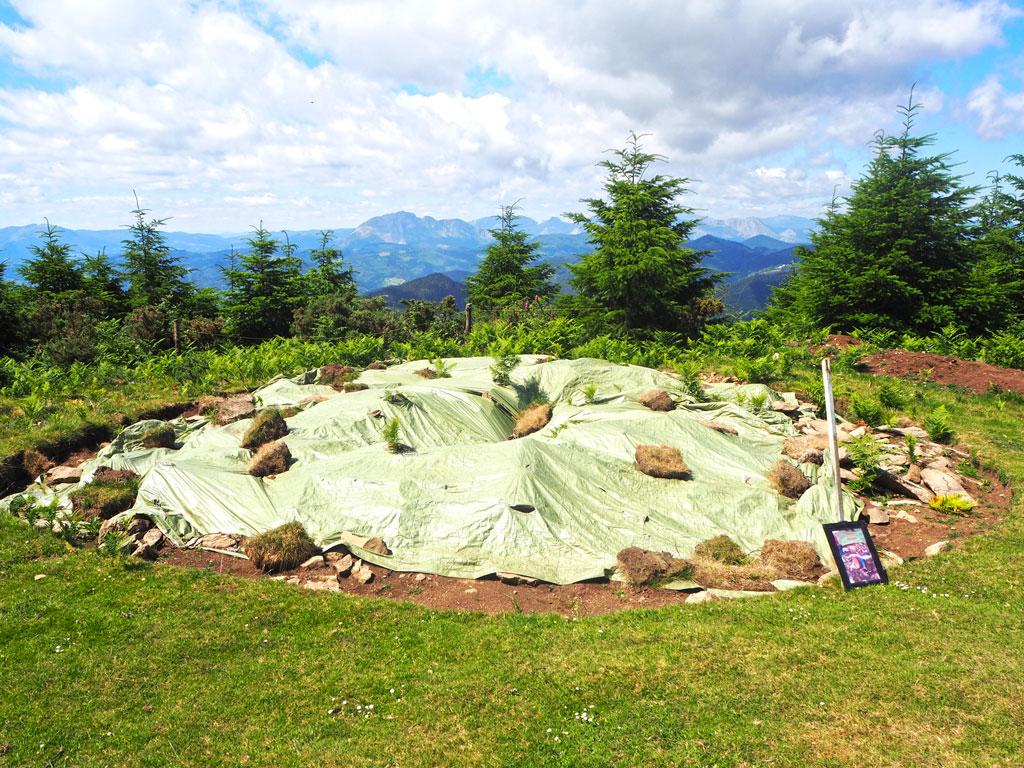 Excavación en proceso en la ruta de los dólmenes.