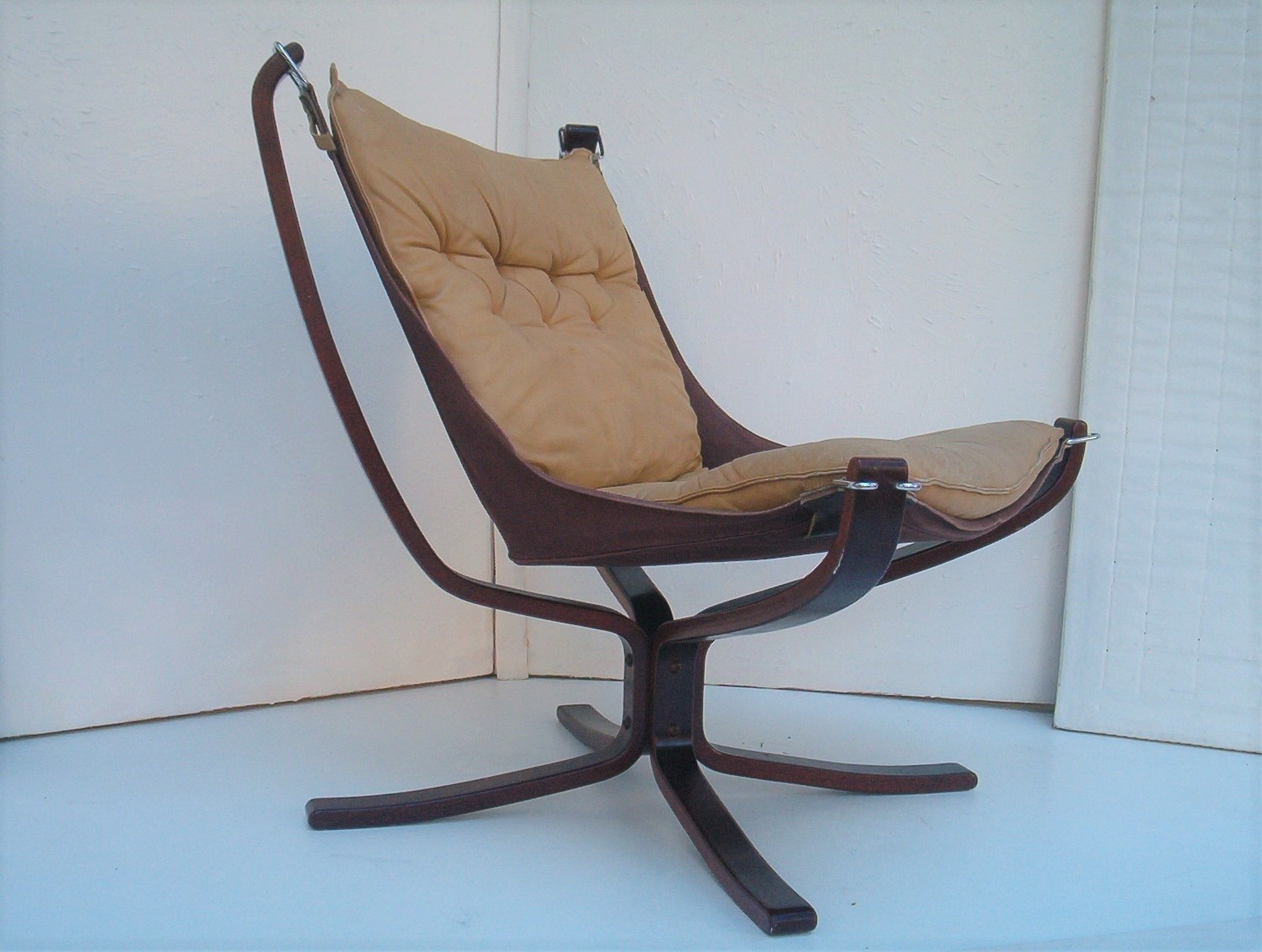 Falcon Chair Falcon Chair Leather Vatne Mobler Rosewood Vintage 1970 S