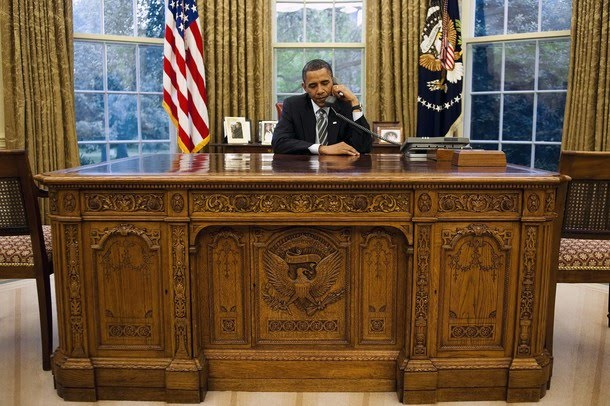Behind The Desk with President Obama  Invisible Children