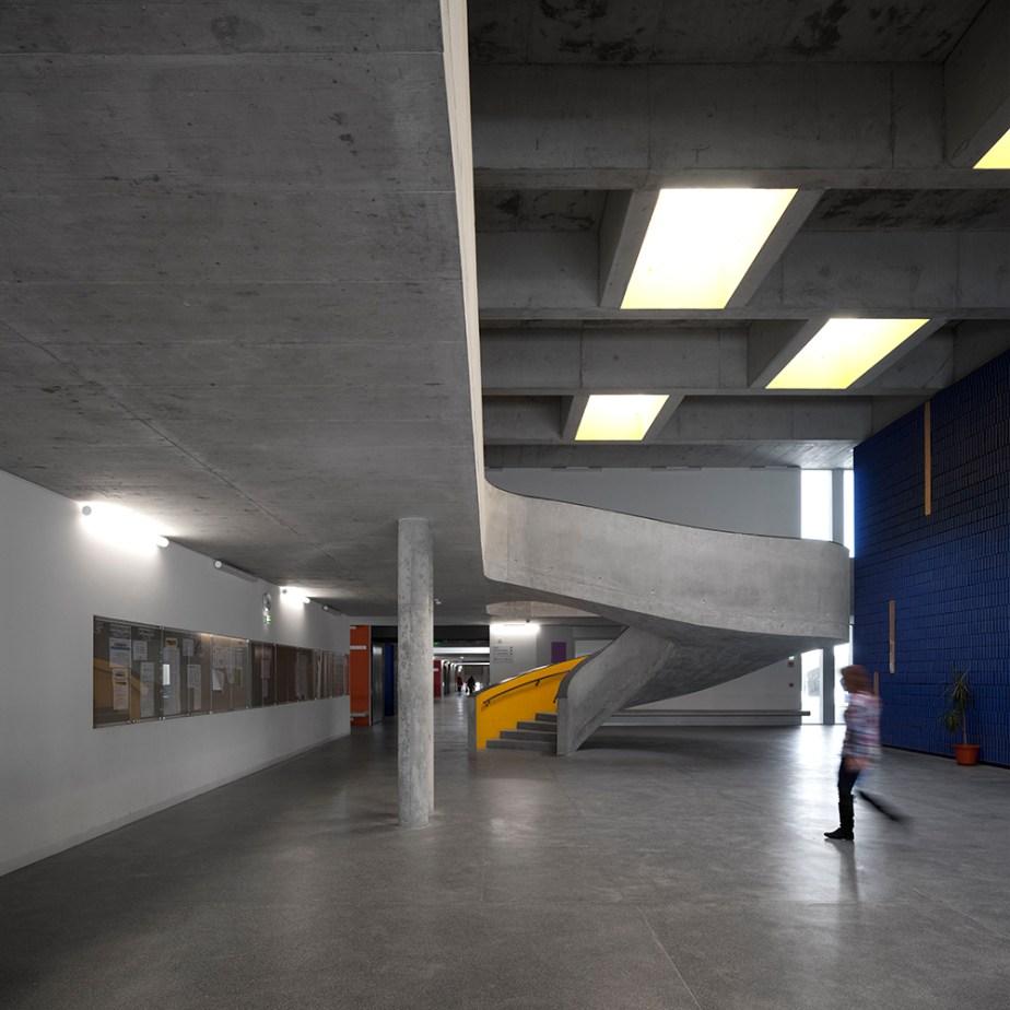 braamcamp-freire-school-cvdb-burnay-verissimo-lisboa-invisiblegentleman-©IG044071015