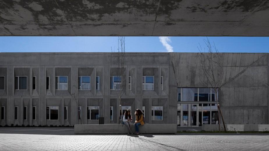 braamcamp-freire-school-cvdb-burnay-verissimo-lisboa-invisiblegentleman-©IG044118015