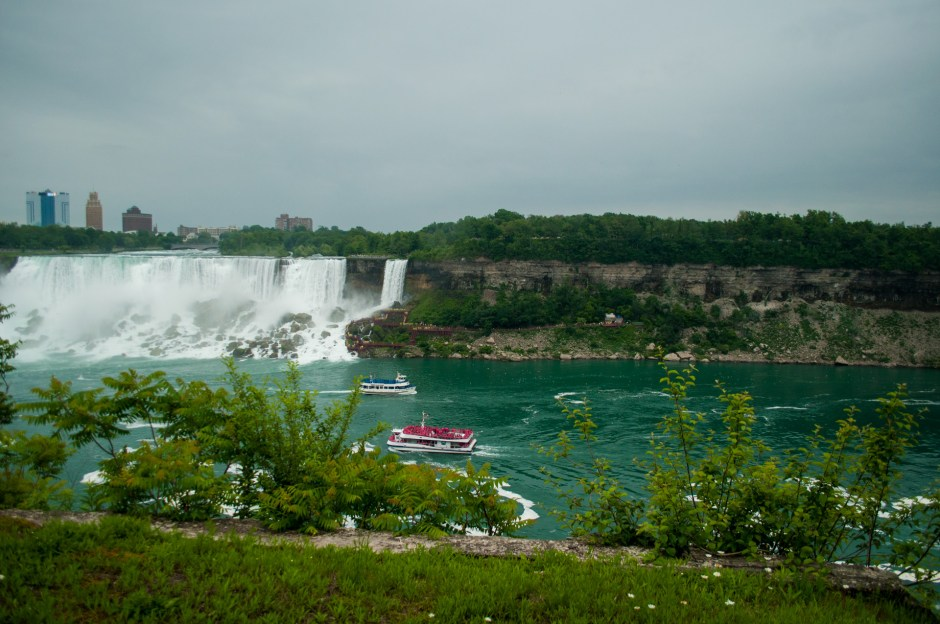 Maid of the Mist vs The Hornblower