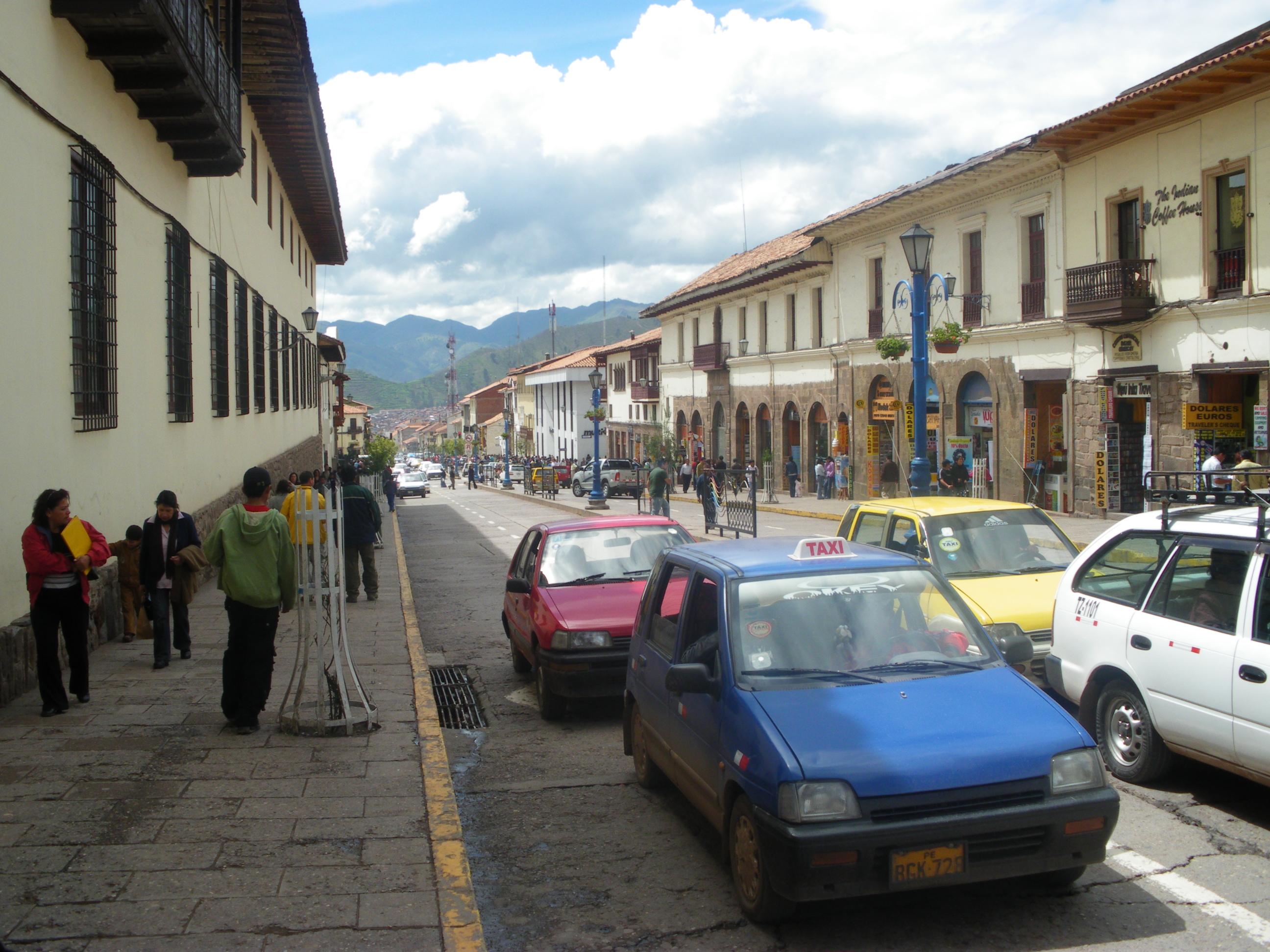 Avenida Del Sol, the busiest street in downtown Cusco.